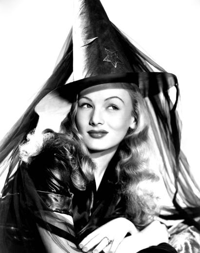 """Veronica en una foto promocional de """"I Married A Witch"""". La comedia por la comedia, el humor blanco en estado puro."""