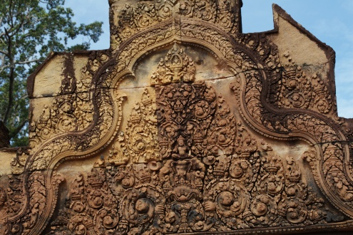 El dios Indra y el elefante de tres cabezas Erawan (Airavata). Indra era considerado el dios de la atmósfera y el cielo visible