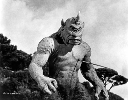 El genial ciclope final. Un monstruo que se comia a los marineros de Simbad a la brasa.