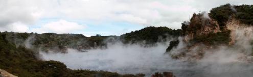 Panoramica_NZ_Waimangu